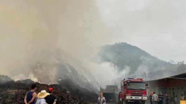 Cháy xưởng quế nhiều giờ đồng hồ