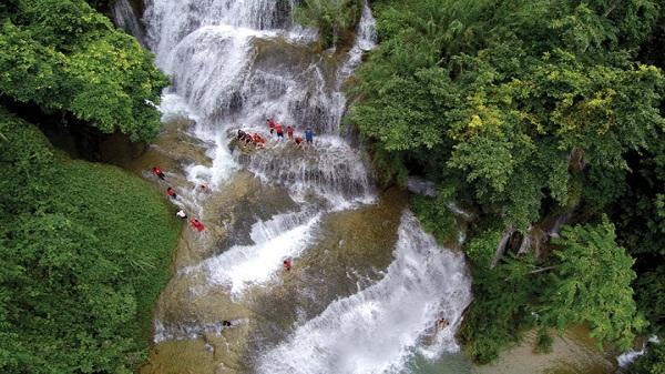 Khám phá những thác nước tuyệt đẹp ở Hòa Bình