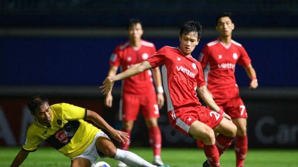 Tiền vệ ĐT Việt Nam đi vào lịch sử ở đấu trường danh giá nhất châu lục