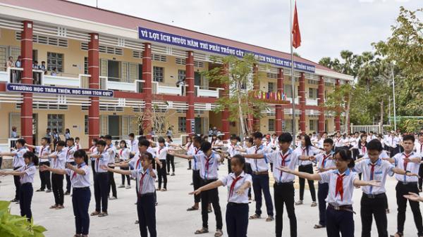 Sóc Trăng: Trường THCS Thị trấn Lịch Hội Thượng (Trần Đề) vinh dự đón nhận danh hiệu trường chuẩn quốc gia
