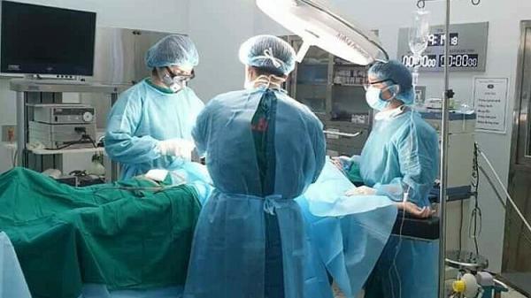 Nữ bệnh nhân vỡ ruột thừa khi đang cách ly