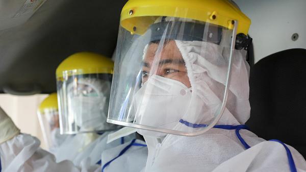 Một bác sĩ BV Đà Nẵng nhiễm Covid-19 đã tiếp xúc với nhiều bệnh nhân, tham gia nhiều chuyến chuyển người mắc bệnh đi cấp cứu