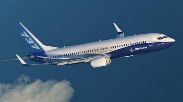 VỪA XONG: Rơi máy bay Boeing 737 chở 180 người