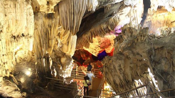 Yên Bái: Hệ thống quần thể hang động mới được phát hiện ở xã Khai Trung