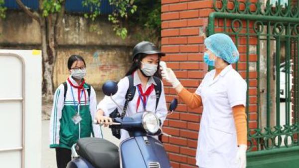 Ninh Bình: Trên 42 nghìn học sinh lớp 9 và THPT đi học trở lại