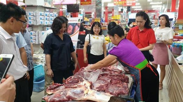 Liên kết giữa Hợp tác xã Chăn nuôi Điện Biên và Siêu thị Hoa Ba